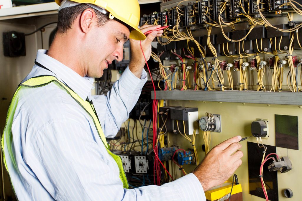 commercial electrician in Morristown, TN